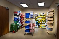healthcare-storage-pharmacy-shelving
