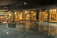 museum-storage-visible-art-racks