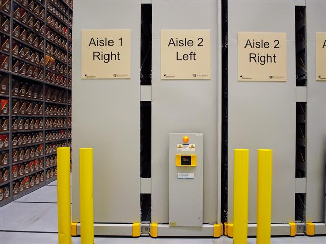 Heavy Duty Mobile Shelving Systems | Donnegan Systems Inc.